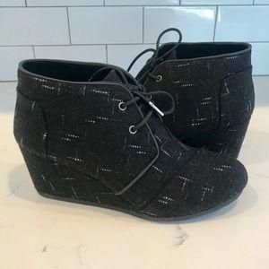 Toms Black Dot Wool Desert Wedge Bootie